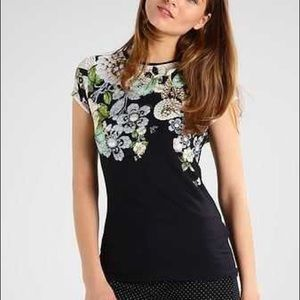 Ted Baker Veeni top size 0 XSmall gently loved